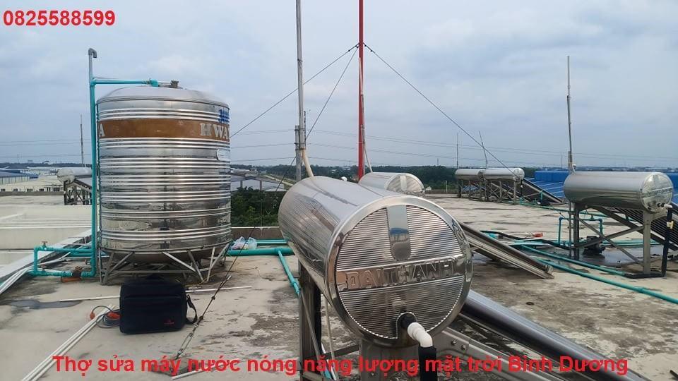 Thợ sửa máy nước nóng năng lượng mặt trời Bình Dương